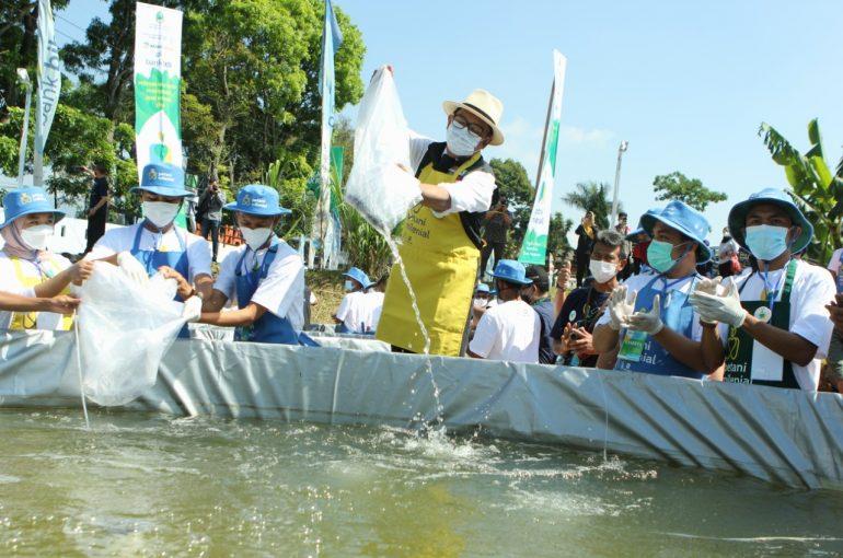 PT. Agro Jabar jadi Offtaker dan Investor dalam Program Pembudidaya Ikan Milenial